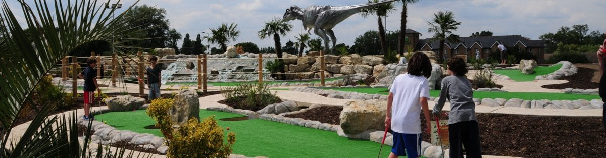 A Guide to Dinosaur Safari – Hole 1 to 4