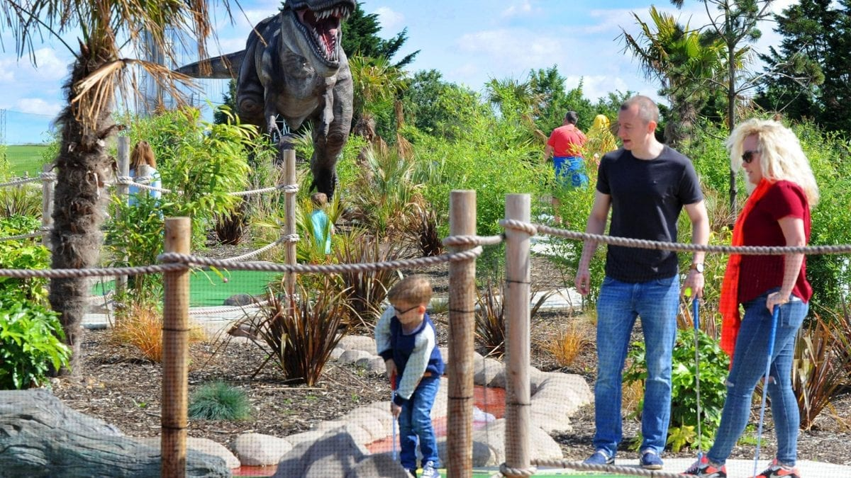8 ways to Ace the Adventure golf course