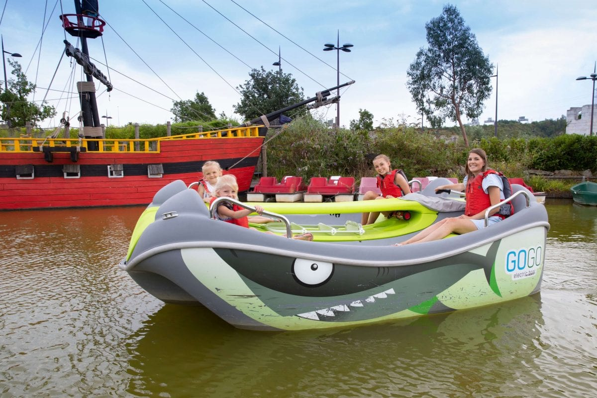 Adventure Experience Gogo Boats